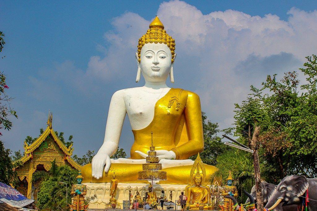 chaing-mai-buddha